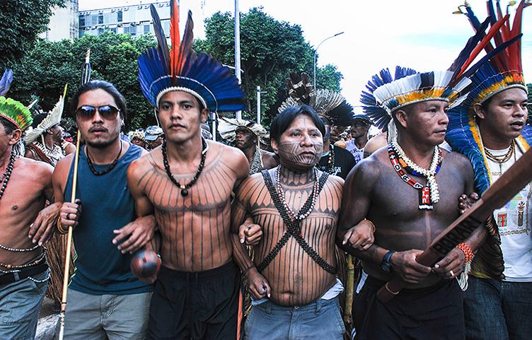 Complexo hidrelétrico inundará território munduruku na Amazônia