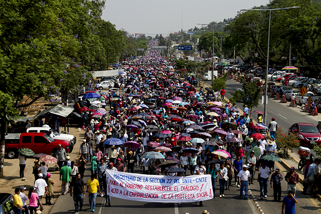Oaxaca: Profesores advierten que no le conviene al gobierno reprimirlos