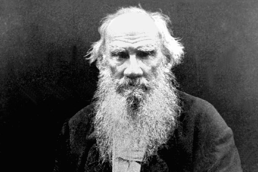 """Entrevista Tolstoi: """"Una constitución no puede mejorar las cosas, no puede traernos la libertad"""""""