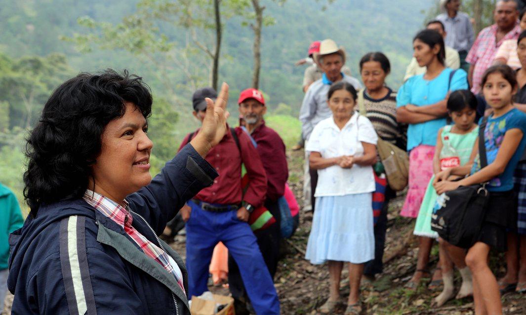 Los sospechosos del asesinato de Berta Cáceres recibieron entrenamiento en Estados Unidos