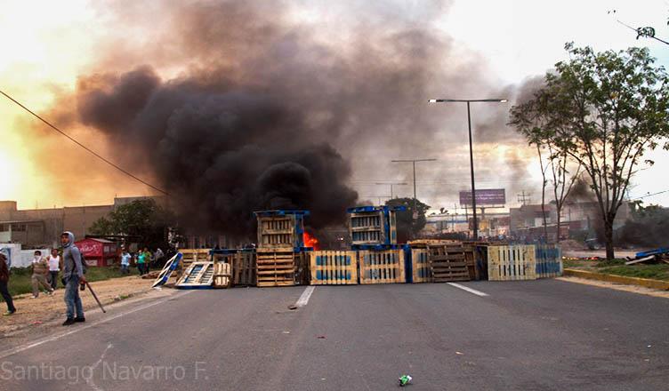 O Terrorismo de Estado contra professores de Oaxaca na Bolsa de Valores do México