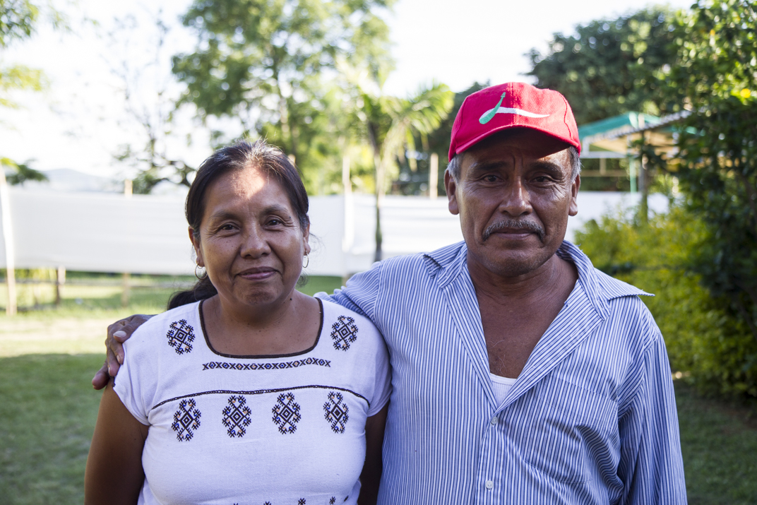 Indígenas de México registran a su vocera para las elecciones a la presidencia del 2018