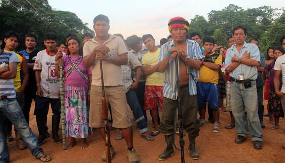 Perú: Comunidades Ashuares protestan contra producción petrolera