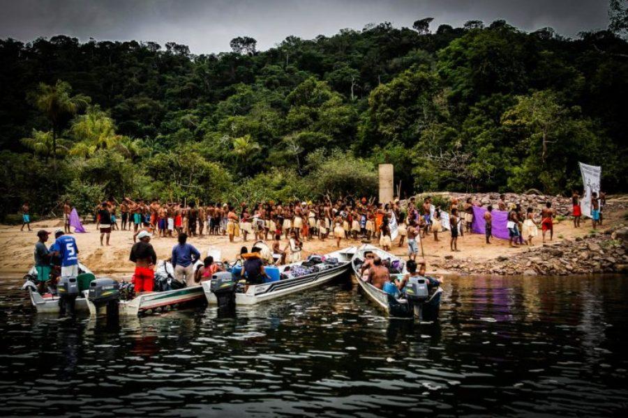 Brasil: Força Nacional recebe munduruku com bombas em ação de defesa de território sagrado