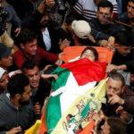 Frontera de Gaza, 4 palestinos más mueren por municiones israelitas, entre ellos un menor de edad