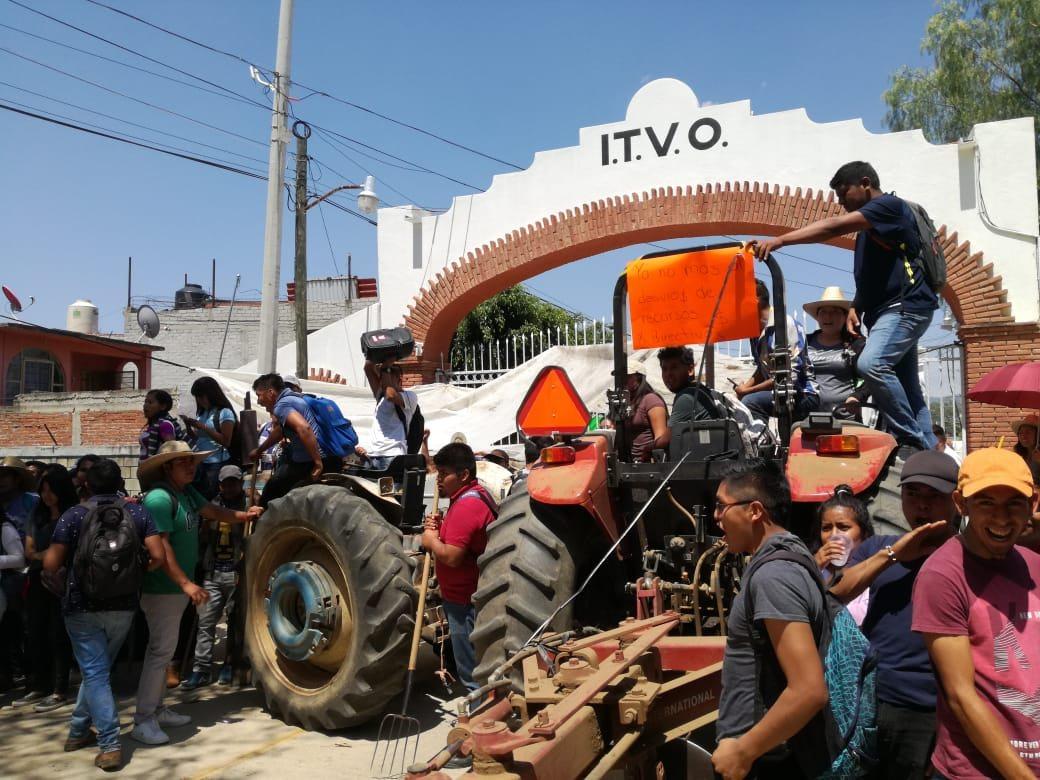 Estudiantes de agronomía en Oaxaca se van a paro indefinido