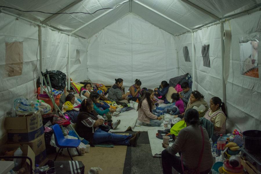 A 10 meses del sismo, mujeres Ñühüs viven en las calles de la ciudad de México