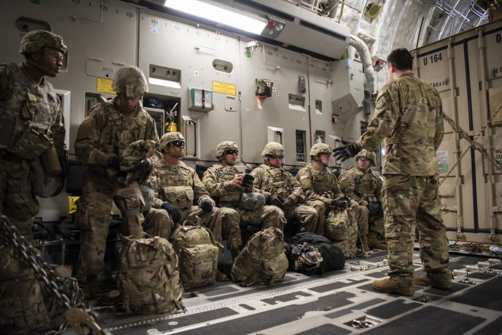 15 mil militares de los EE. UU serán enviados a la frontera con México