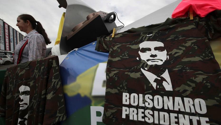 Bolsonaro, militar homofóbico y racista, gobernará Brasil en los próximos 4 años