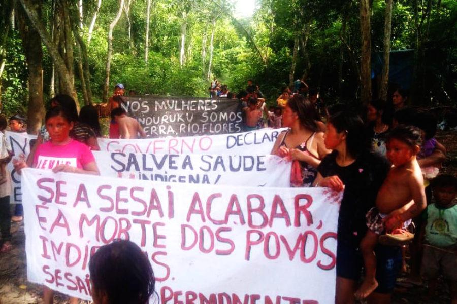 Mujeres Munduruku de Brasil anuncian que no negociaran su territorio con Bolsonaro