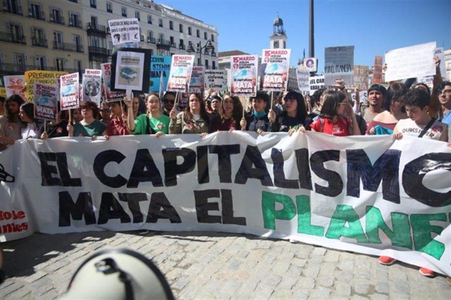 Jóvenes de todo el mundo llaman a huelga para declarar Emergencia Climática