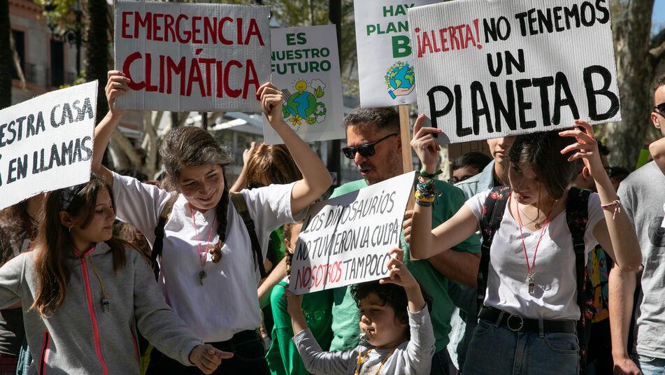 """La multimillonaria industria de los """"servicios climáticos"""" está alterando el acceso a los datos sobre el cambio climático"""