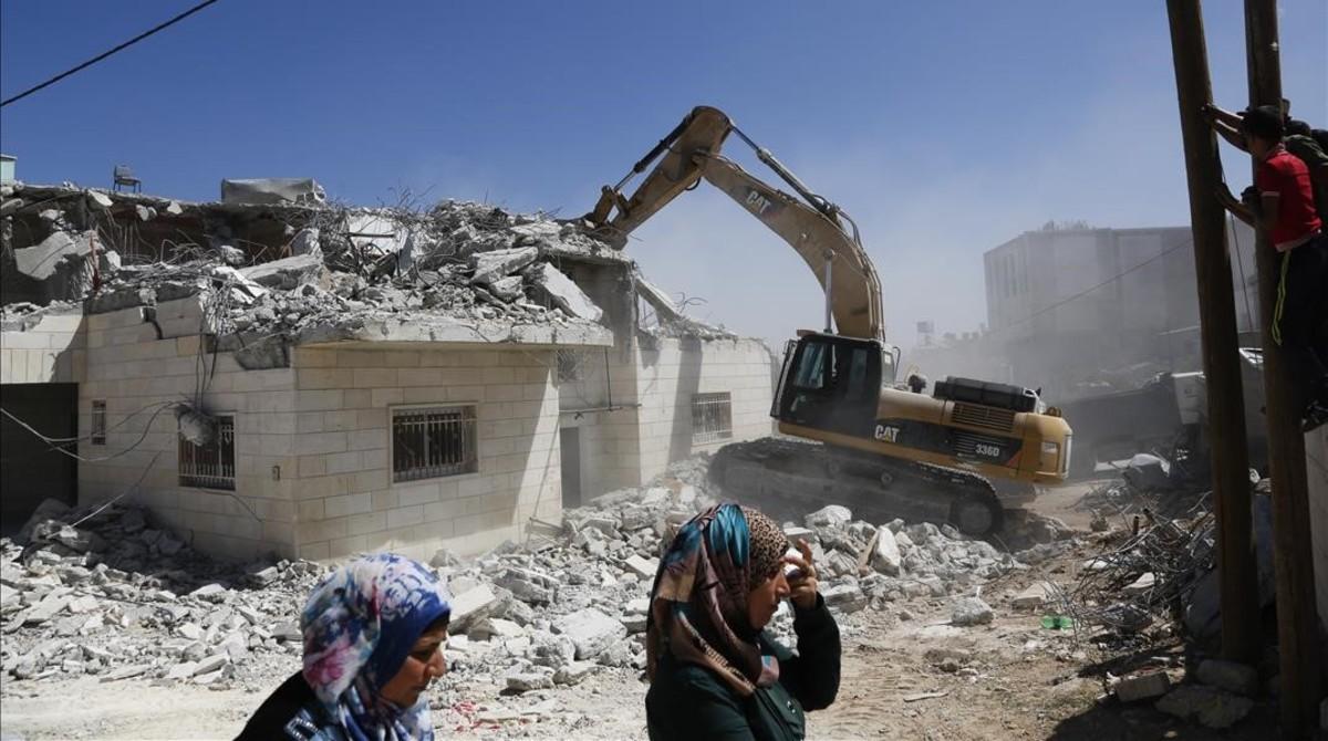Continúa el despojo de Israel hacia civiles de Palestina