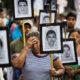 México: en plenas fiestas patrias liberan a 24 policías implicados en el caso de los 43