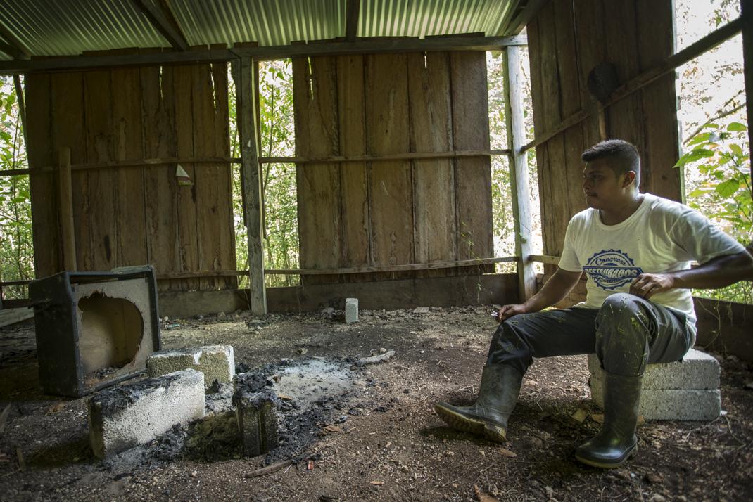 """""""Queremos el retorno a nuestras tierras"""": Campamento de Laguna Larga a 28 meses de desplazamiento forzado"""