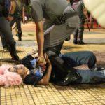 Brasil: Cientos de jóvenes protestan contra aumento del costo del trasporte