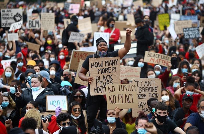 Protestas en EEUU superan más de 140 ciudades y Trump envía más militares